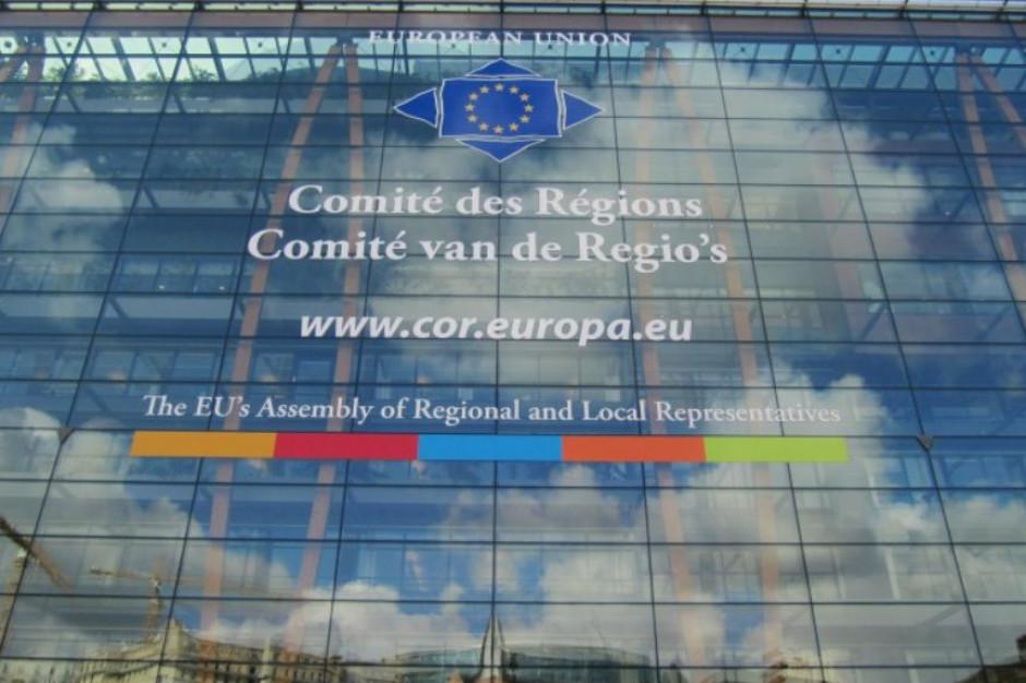 Komitet Regionów: UE musi zapewnić niezbędne wsparcie miastom i regionom