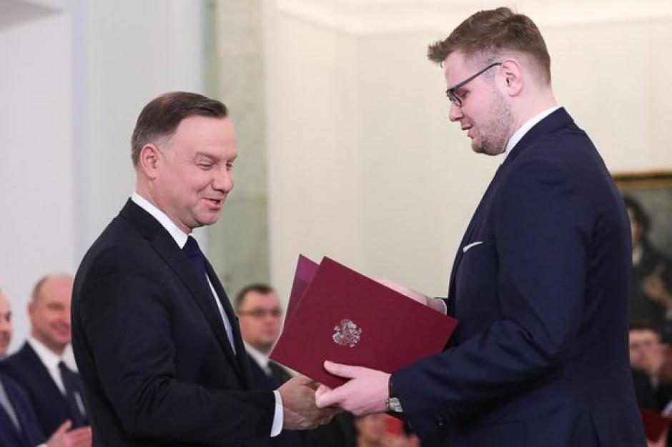 Konrad Szymański ministrem ds UE, a Michał Woś ministrem środowiska