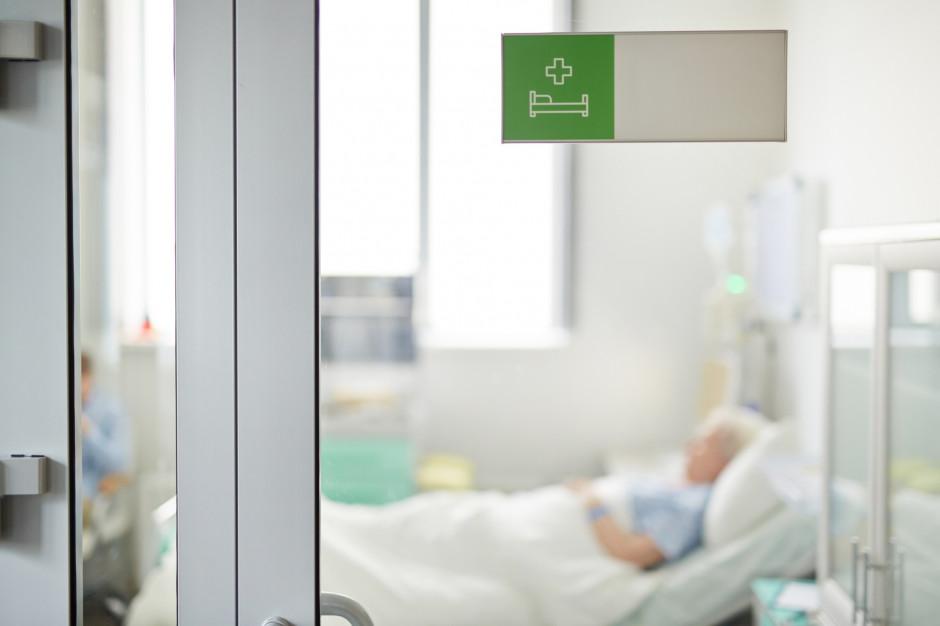 Tyski szpital już prawie przekształcony w zakaźny