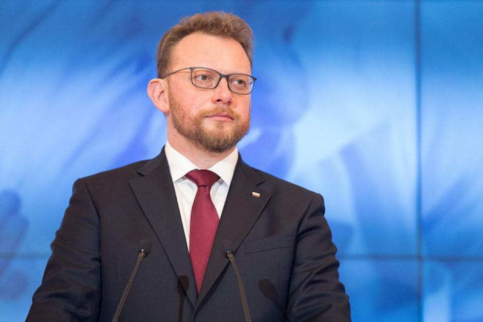 Szumowski: decyzja o ogłoszeniu stanu epidemii w Polsce trudna, ale ratująca życie