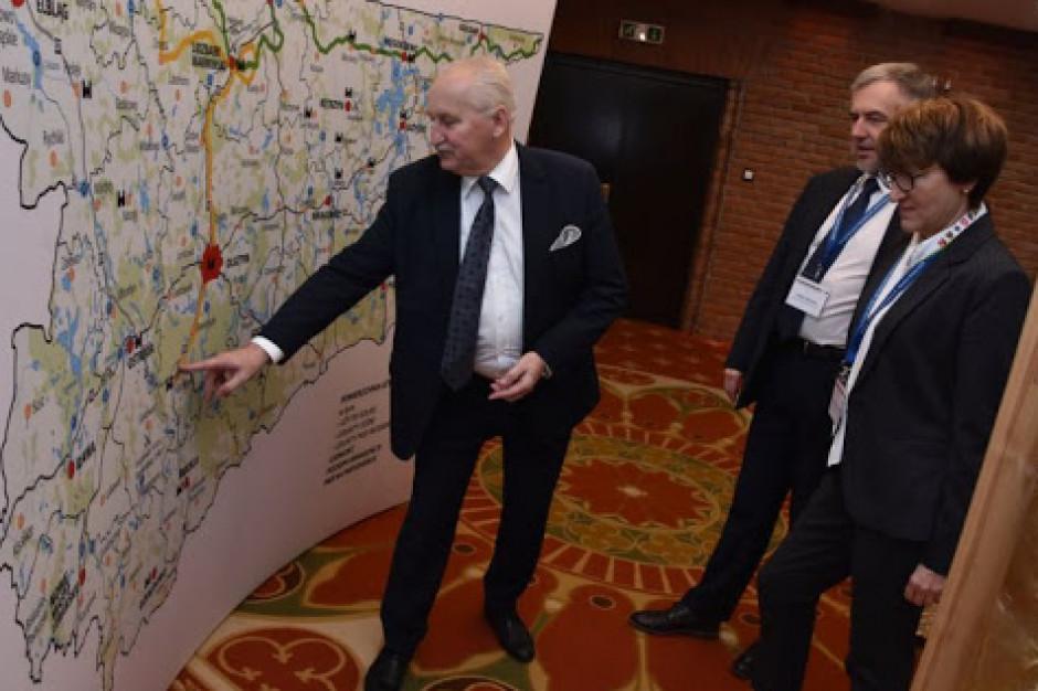 Fundusze unijne. Marszałkowie apelują do rządu o negocjacje z Komisją Europejską
