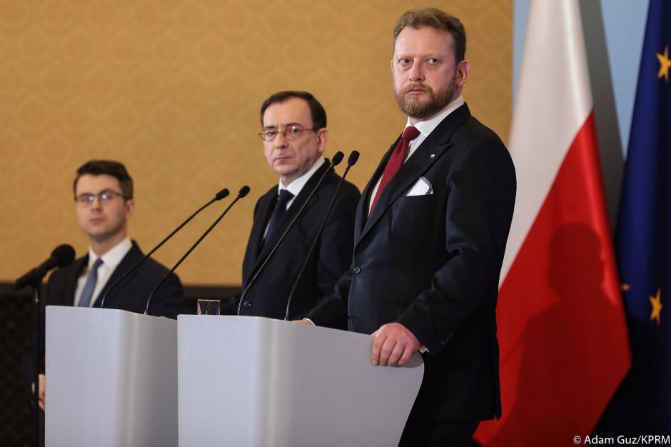 Koronawirus na razie nie zmusza do zamykania regionów w Polsce