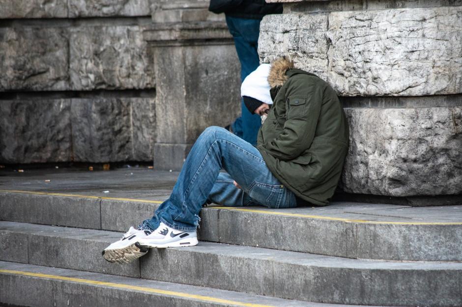 Koronawirus: dramatyczna sytuacja bezdomnych!