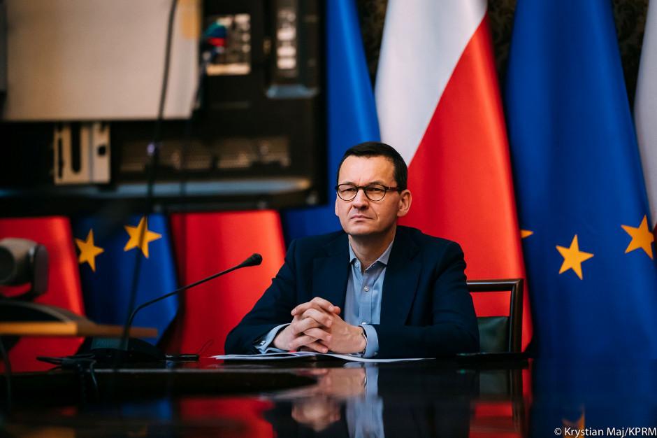 Mateusz Morawiecki: ograniczamy zgromadzenia do absolutnego minimum