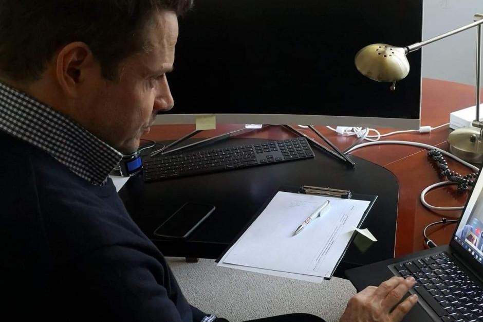 Trzaskowski: Dostałem login i hasło do posiedzenia Sejmu. Nie jestem posłem