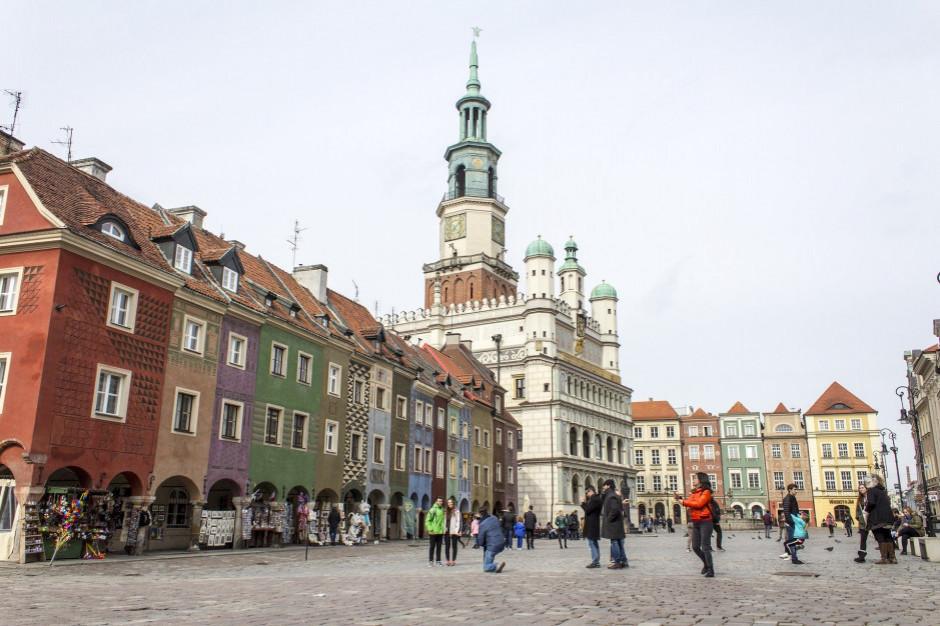 Ze względu na koronawirusa Rada Miasta Poznania spotka się na terenie MTP