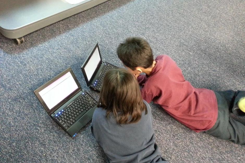 1 kwietnia rusza nabór wniosków o środki na sprzęt do zdalnego nauczania. Jest już wzór