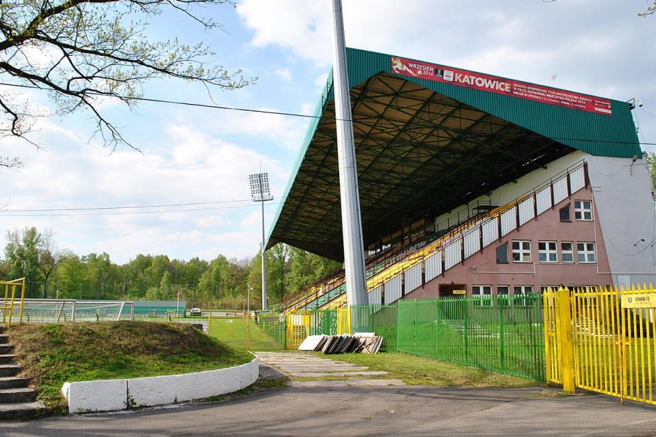 Bona Fides: Skoro klub to spółka miejska, zawodnicy powinni zarabiać mniej