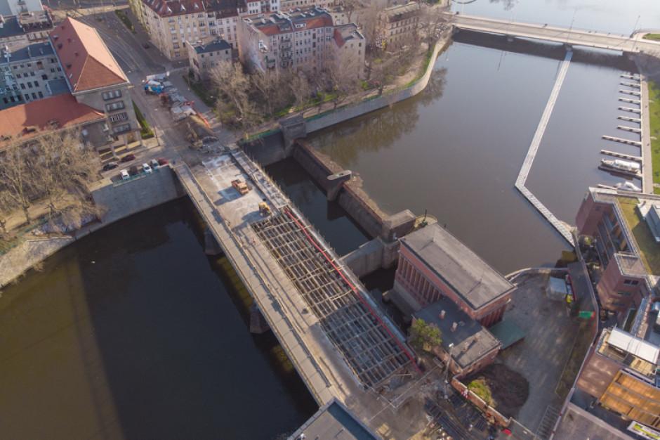 Wrocław przebudowuje znane mosty. Walka z poniemieckim betonem jest zacięta
