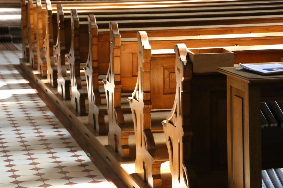 Kościół katolicki obchodzi dziś Wielki Piątek. Koronawirus wpływa na liturgię