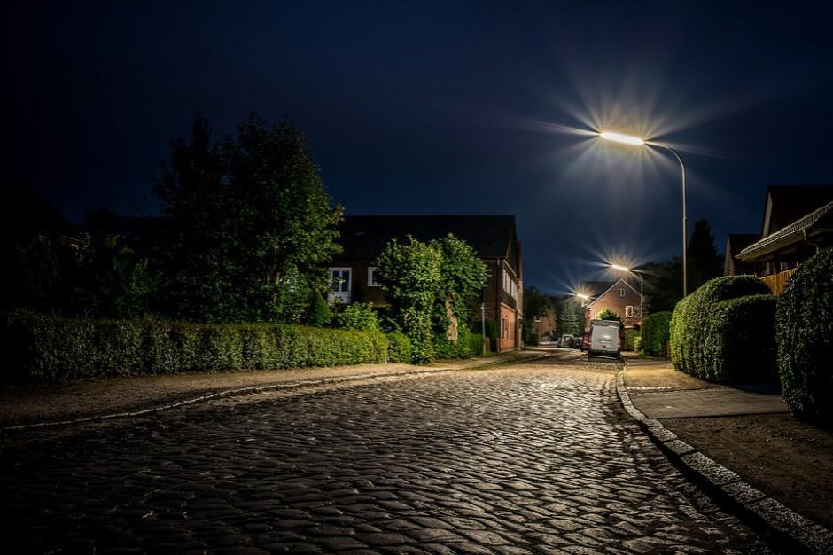 Tarnów, na wzór Krakowa, wyłącza w nocy lampy uliczne