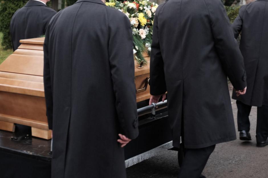 RPO zwraca się do GIS ws. braku bezpieczeństwa pracowników zakładów pogrzebowych