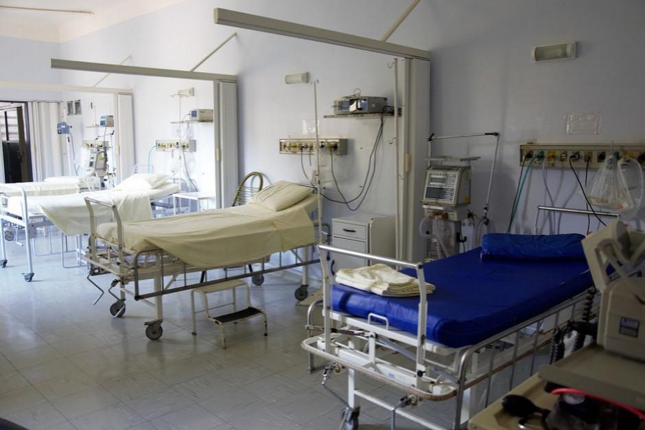 2,4 tys. osób hospitalizowanych z powodu koronawirusa, ponad 1000 wyzdrowiało