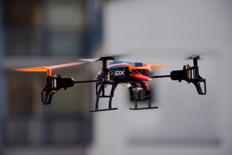 Drony pomogą w walce z procederem wypalania traw