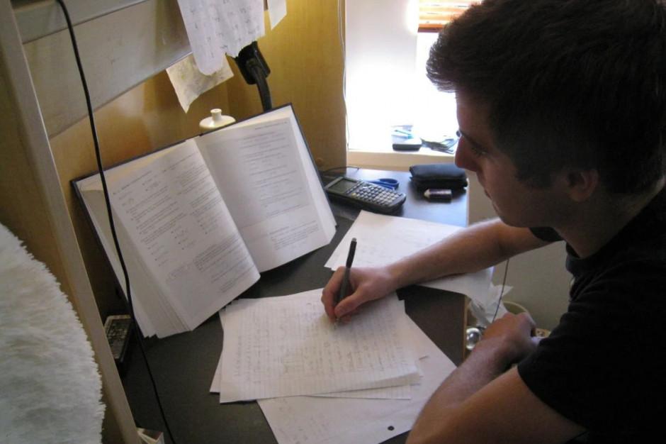 Dodatkowy egzamin maturalny na początku lipca; poprawkowy na początku września