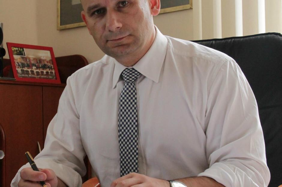 Prezydent Tomaszowa przekazał poczcie dane wyborców ale je zaszyfrował