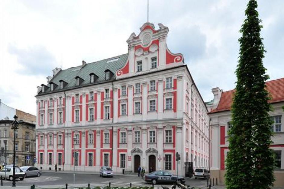 Poznań: miasto uruchamia miejsca izolacji dla osób bezdomnych i zmagających się z nałogami