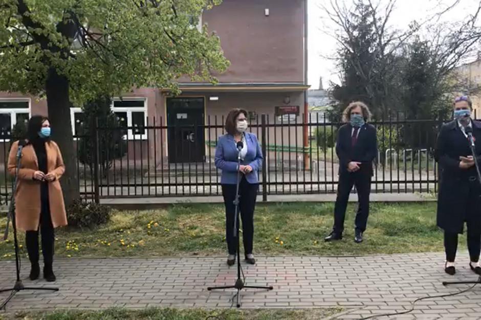 """Kidawa-Błońska, Dulkiewicz i Karnowski w Gdańsku. """"To nie są wybory"""""""