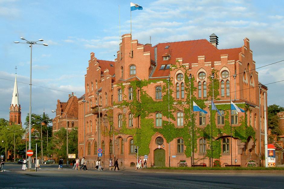 Toruń: wraca bezpośrednia obsługa mieszkańców w niektórych wydziałach urzędu miasta