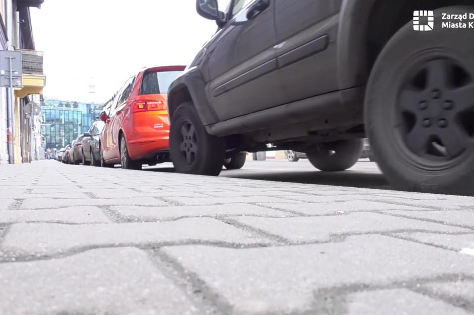Kraków: wracają opłaty i kontrole w strefie płatnego parkowania