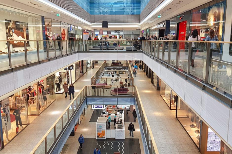 Alarmy bombowe w galeriach handlowych w kilku województwach