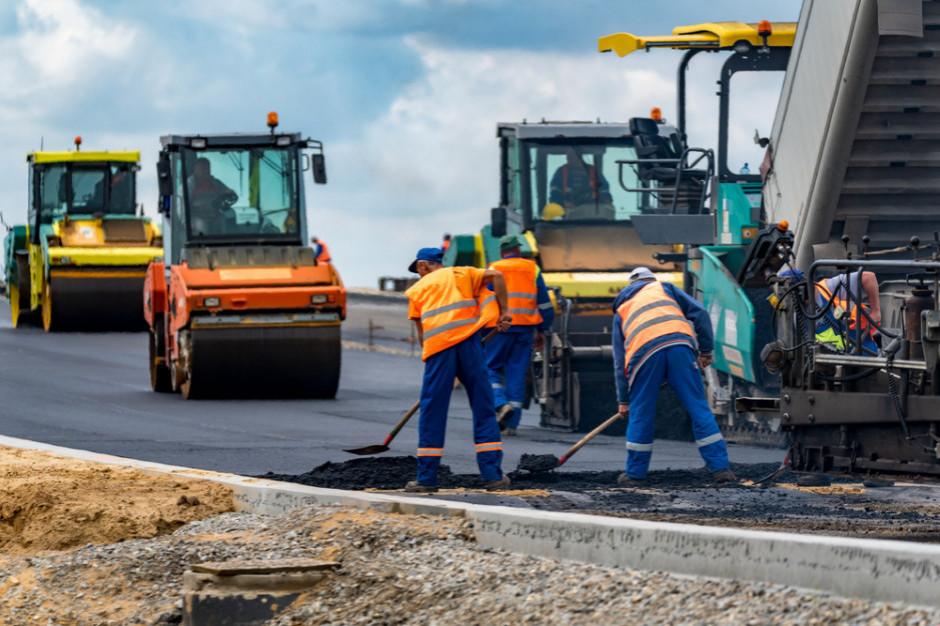 Podlaskie: Ok. 300 km dróg powstanie ze wsparciem z Funduszu Dróg Samorządowych