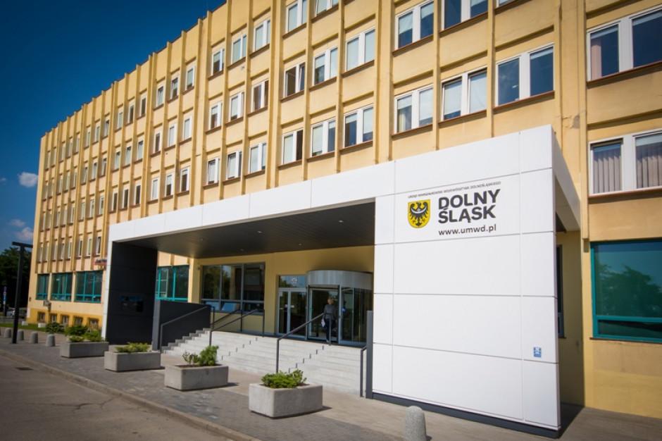 Wrocław: Jeden z pracowników urzędu wojewódzkiego zakażony koronawirusem
