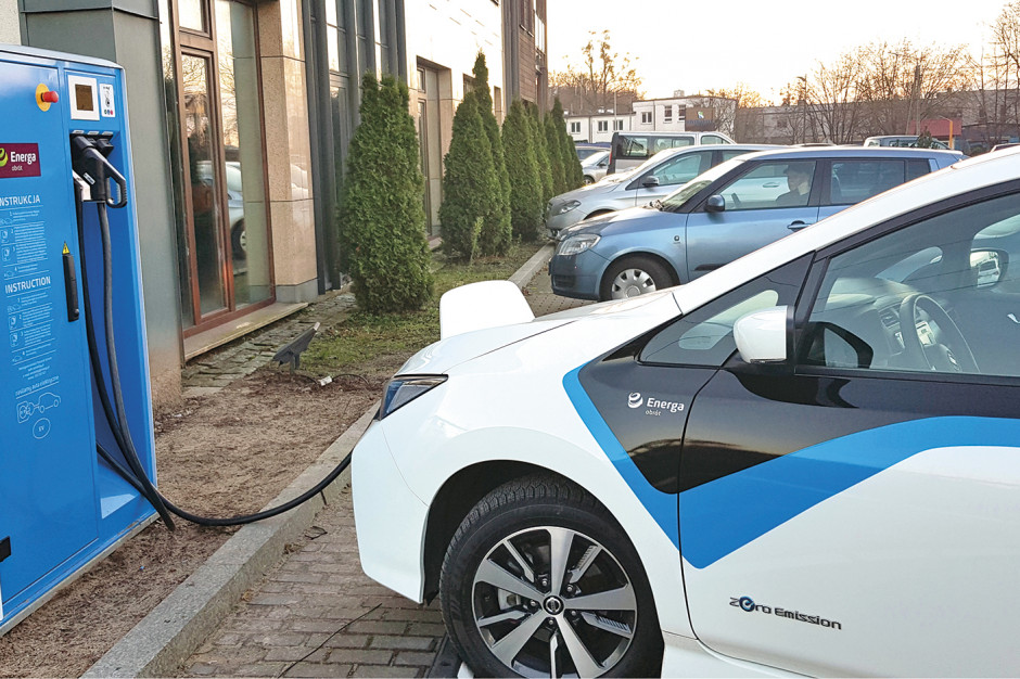 Energa Obrót ma nowe stacje ładowania pojazdów elektrycznych na Pomorzu oraz w Płocku