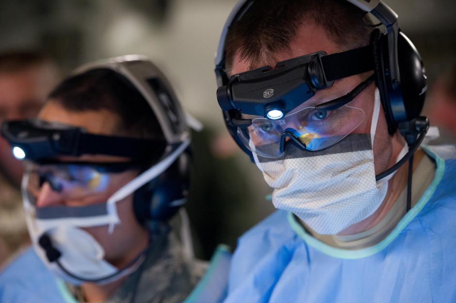 Zarząd OZZL proponuje 10 tys. zł dodatku dla lekarzy za miesiąc pracy w jednym miejscu
