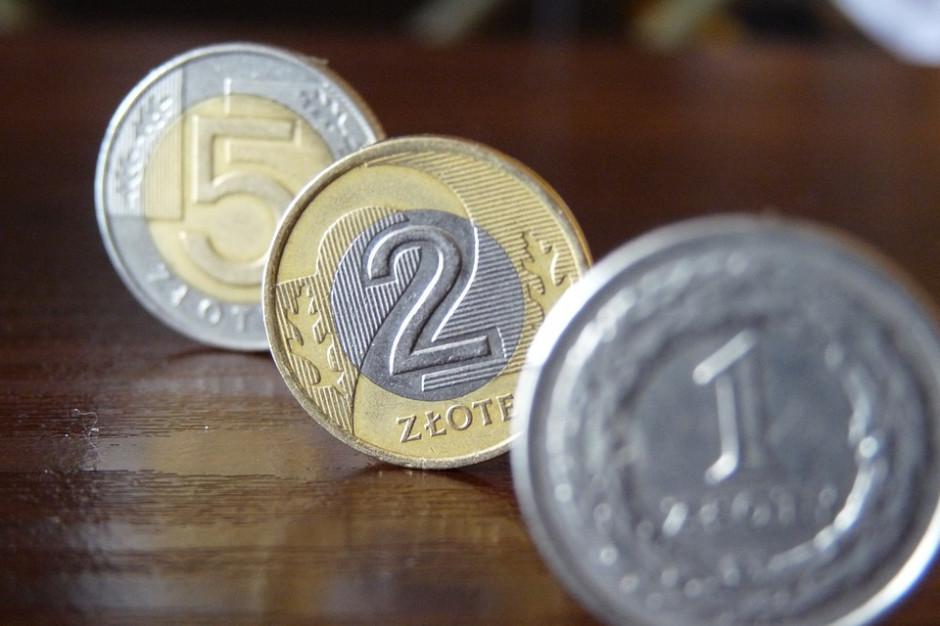 Opłata prolongacyjna z tytułu rozłożenia na raty lub odroczenia terminu płatności podatków. Jest stanowisko RIO