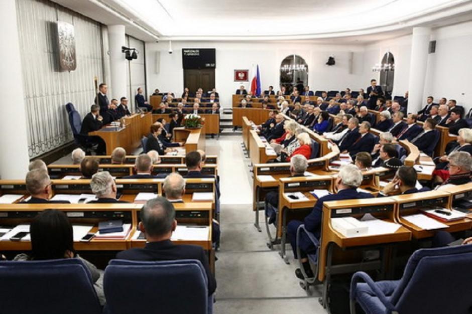 Senat wznowił obrady. Zajmie się tzw. tarczą 3.0 i kolejnymi instrumentami wsparcia dla JST