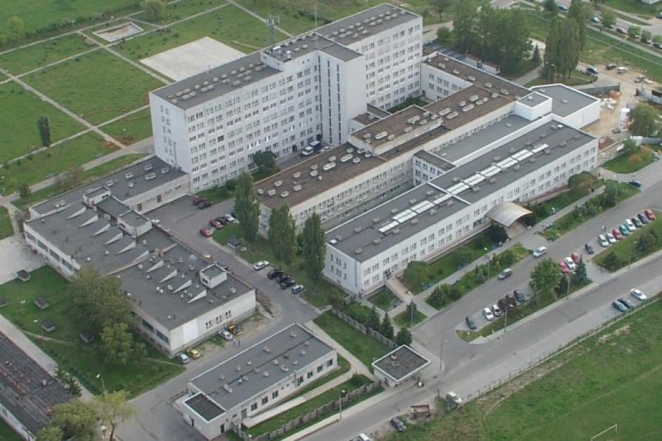 Ciechanów: W szpitalu zamknięty oddział neurologiczny - zakażenie koronawirusem u jednego z pacjentów