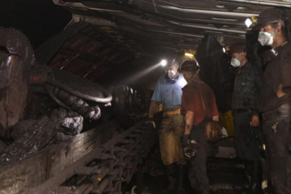 Śląskie: Ponad 1,2 tys. górników z potwierdzonym koronawirusem