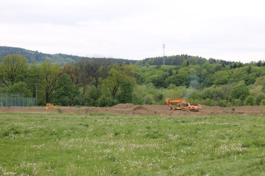 Wykonawca rozpoczął właśnie prace przygotowawcze przy budowie wiertni (fot. sekowa.pl)
