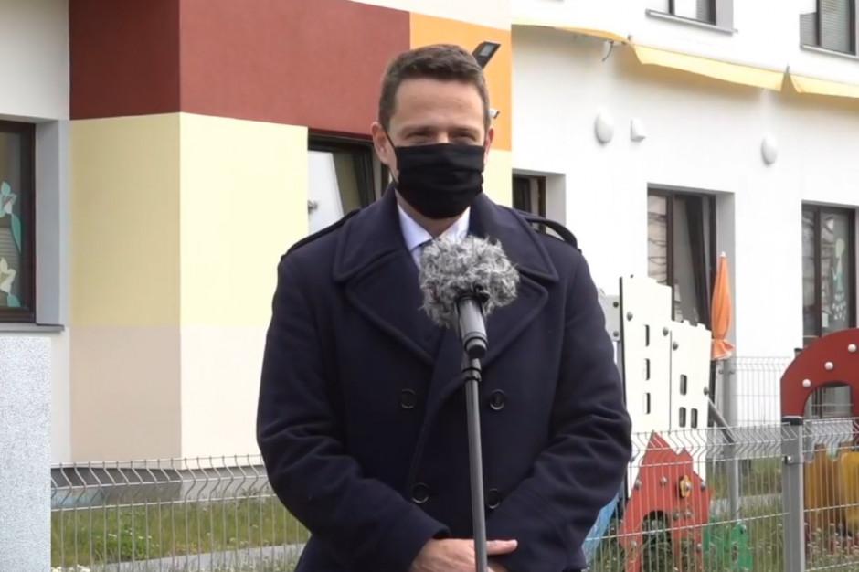 Trzaskowski: Koszty przygotowania do otwarcia żłobków i przedszkoli idą w miliony