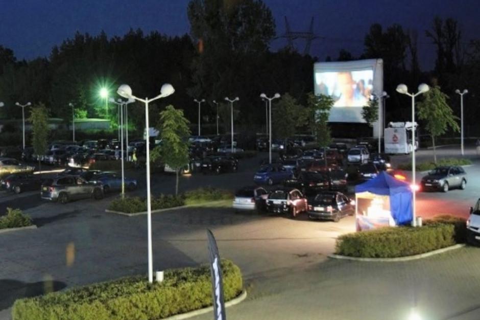 Ruszają kina samochodowe i plenerowe. Są wytyczne
