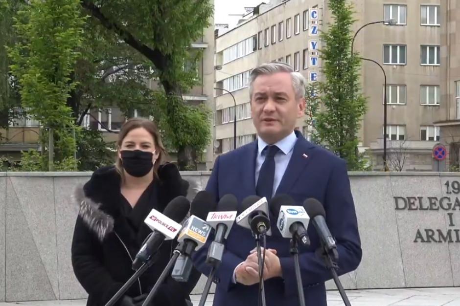 Biedroń: Nie można wchodzić do polityki kosztem samorządu