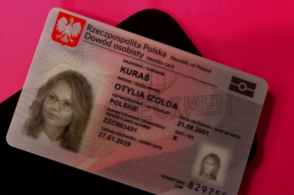 Decyzja o przekazaniu rejestru PESEL Poczcie Polskiej zaskarżona