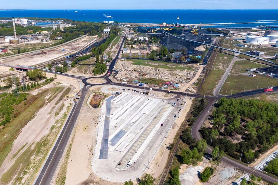Rozbudowa układu drogowo-kolejowego w Porcie Gdańsk na finiszu
