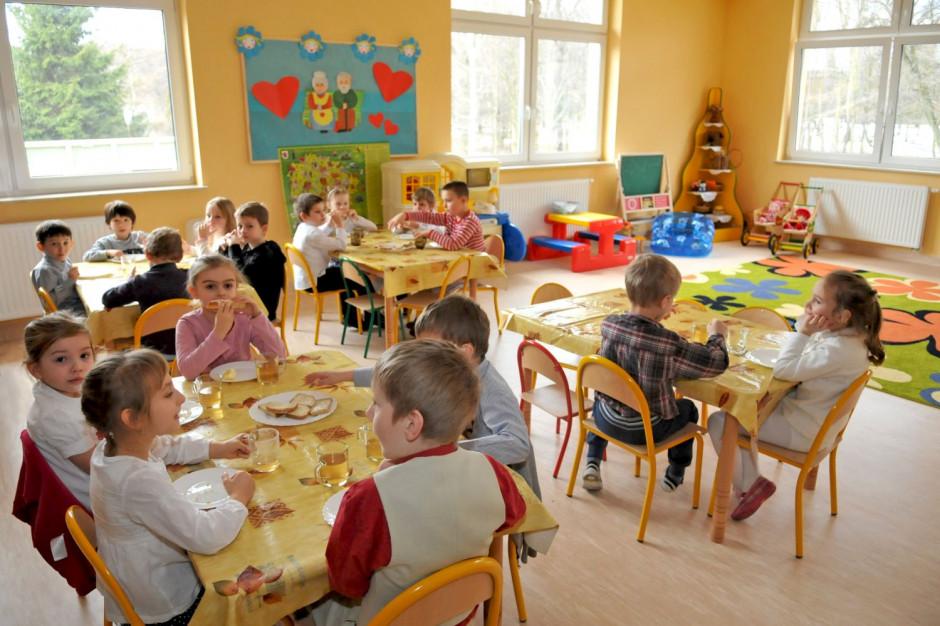 Toruń: Testy na koronawirusa dla pracowników żłobków, przedszkoli i szkół