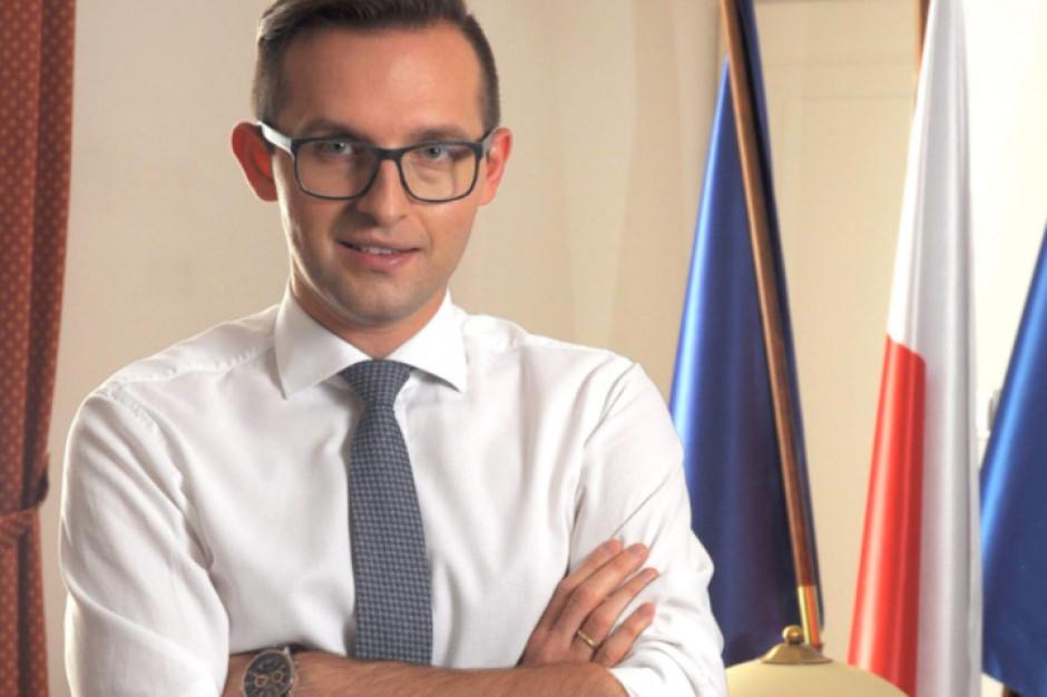 Krzysztof Kosiński: Samorządy pod ścianą, jeśli chodzi o narzędzia pomocowe