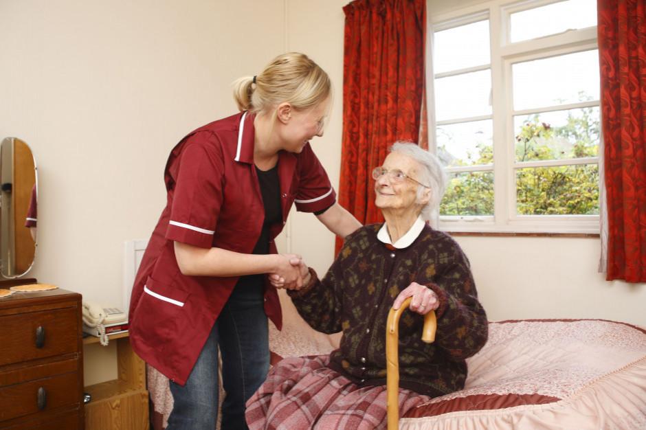 Prezydent: ustawa o centrach zdrowia 75 plus poprawi opiekę nad seniorami