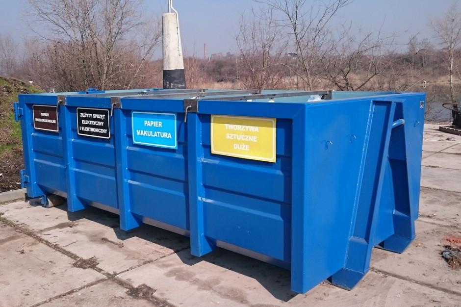 Ratusz wstrzymuje się z podwyżką za wywóz śmieci