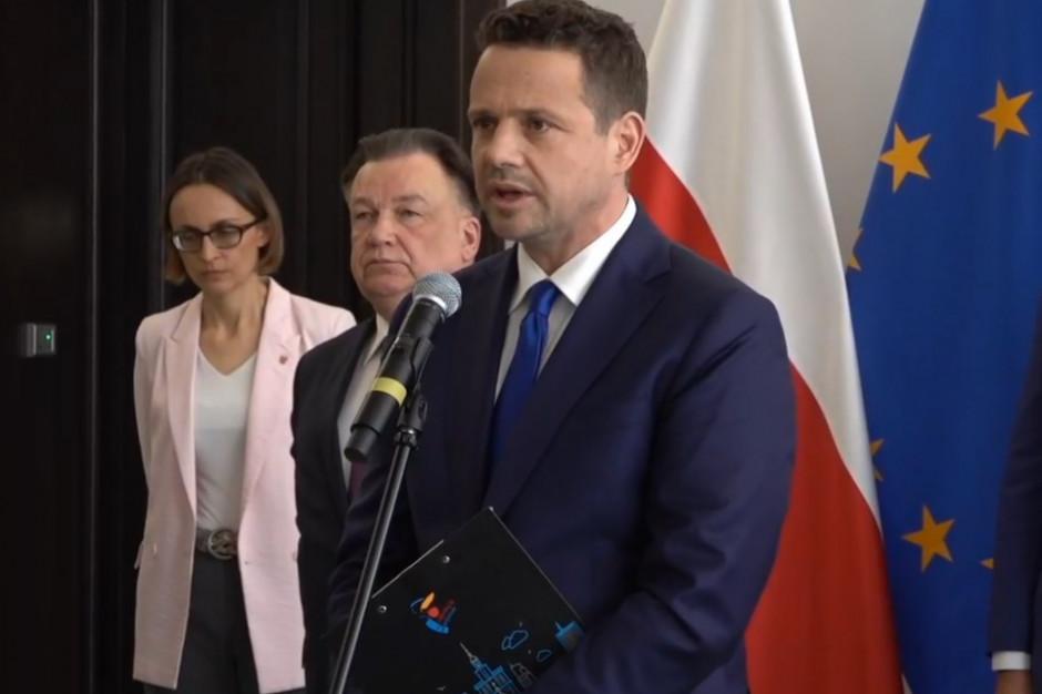 Trzaskowski: Nie prześwietlam wszystkich, którzy otrzymują wsparcie ratusza