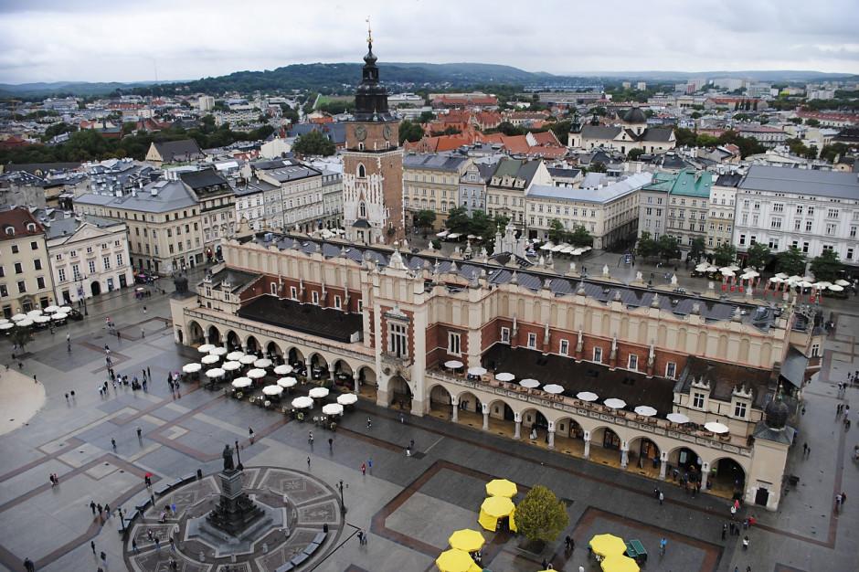 Kraków: mniejszy ruch samochodowy przełożył się na czystsze powietrze