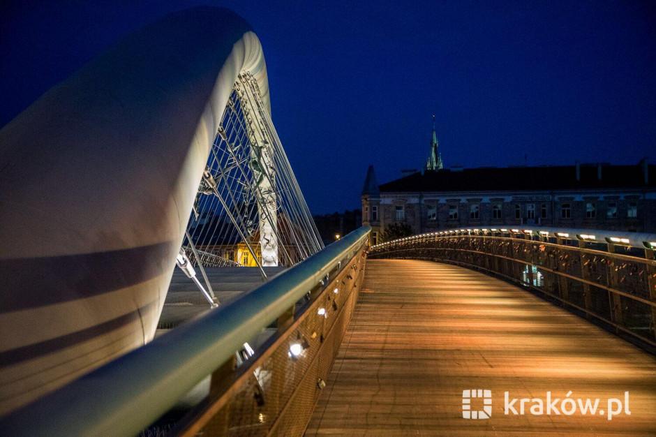 Kraków przywraca nocne oświetlenie ulic