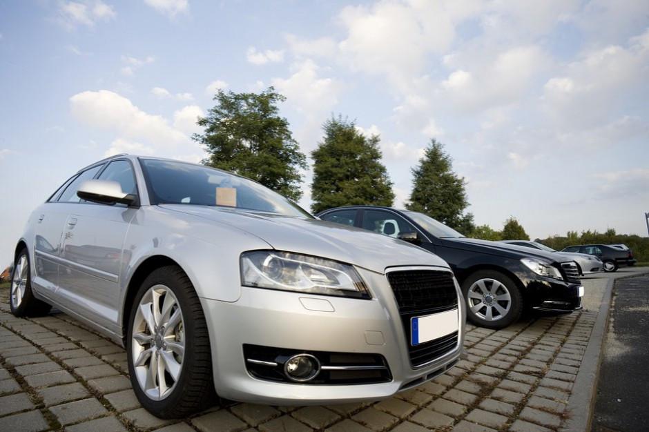 Powiaty krytykują zmiany w rejestracji pojazdów