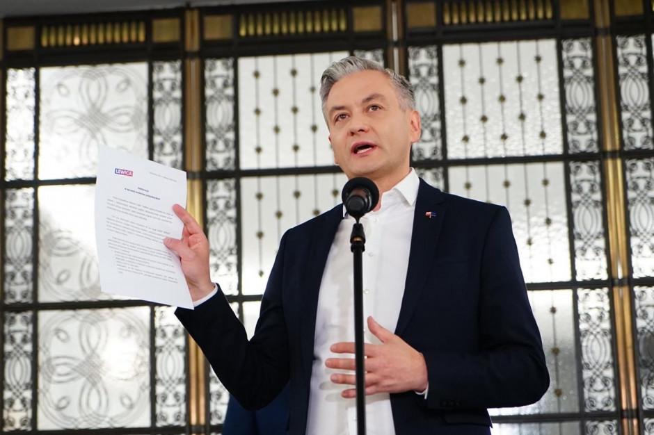 Biedroń: Trzaskowski kontynuuje skandaliczną politykę Hanny Gronkiewicz-Waltz