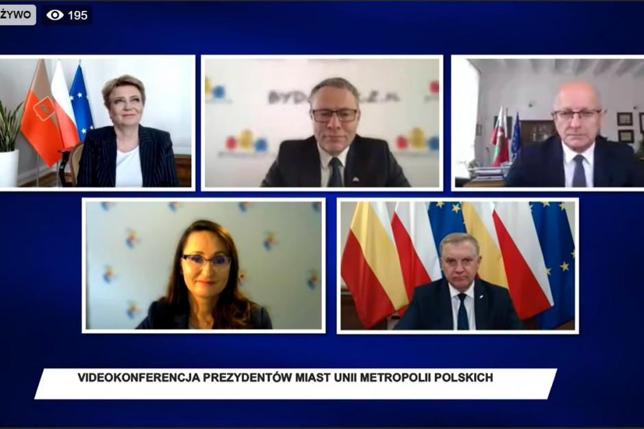 Prezydenci polskich miast: wykrwawiamy się finansowo