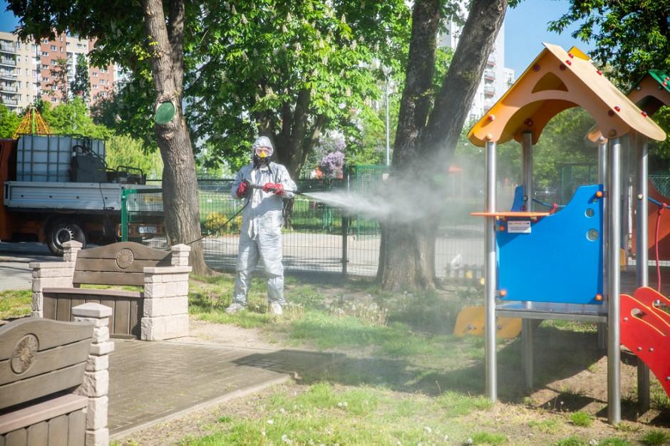 Warszawskie place zabaw i siłownie plenerowe są ozonowane